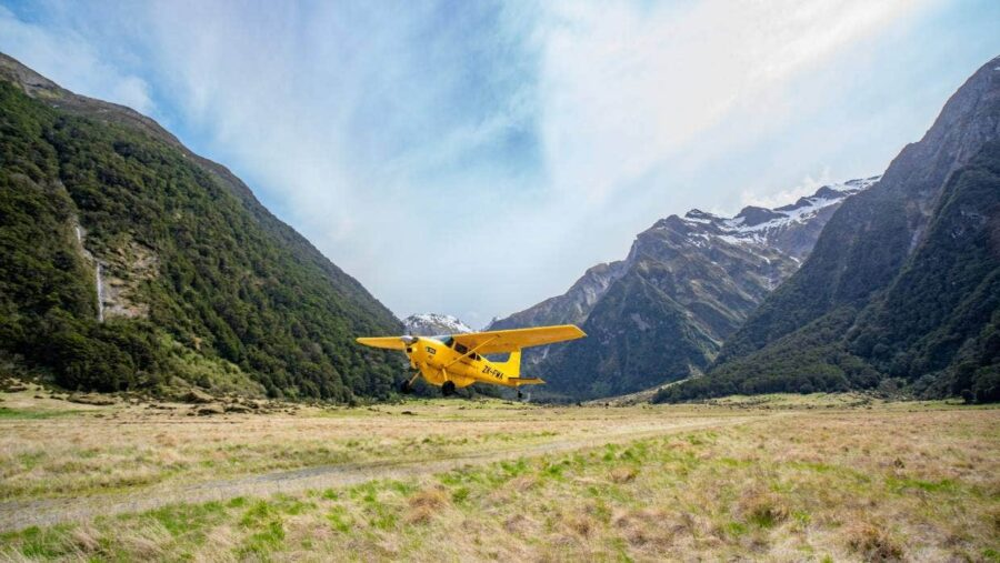 siberia experience plane landing southern alps air buttercup