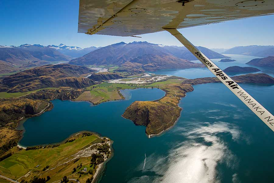 Views of Lake Wanaka from Southern Alps Air scenic flight